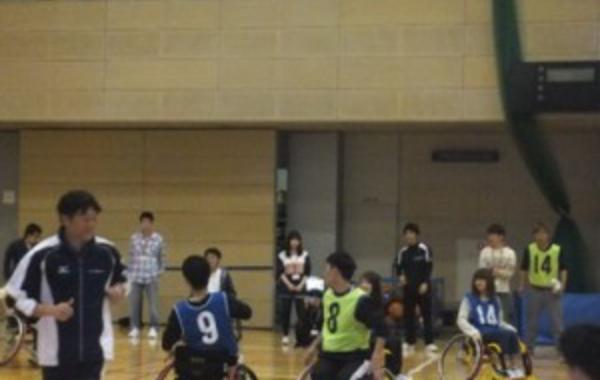 障害者スポーツ体験(車椅子バスケ)